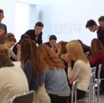 Neformalus susitikimas KKKC Parodų rūmų ervėse ir ekskursija po esamas parodas